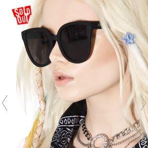 Quay huge sunglasses
